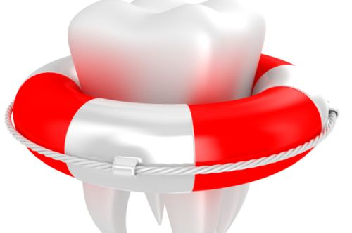 Dentista aperto ad agosto